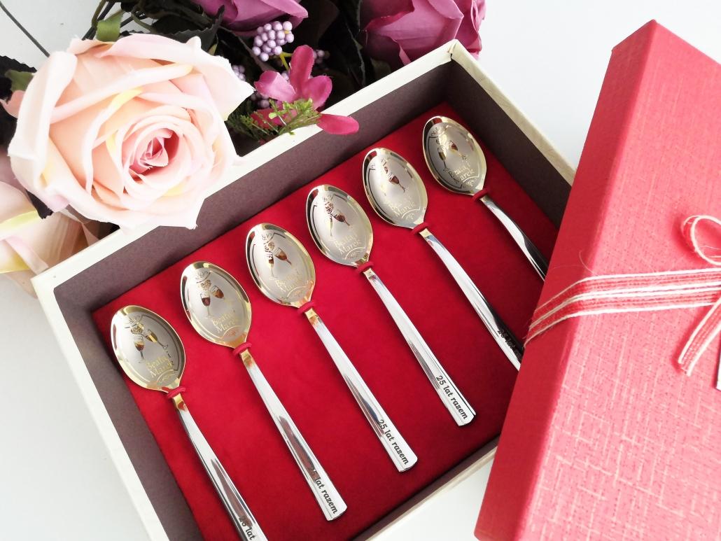 Set of 6 teaspoons in giftbox