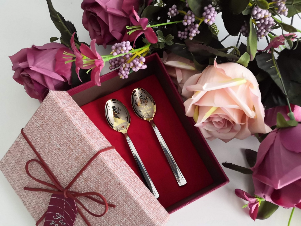 Two wedding spoons in one giftbox